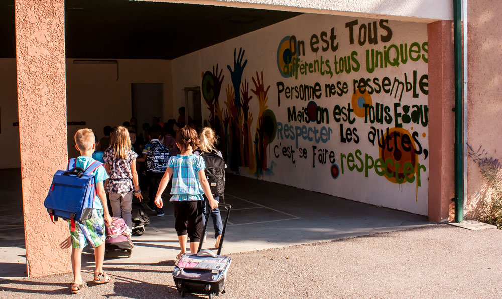 tl_files/pollestres/Photo article Benoit/Ecole-primaire.jpg
